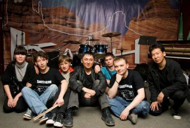Саратов, клуб «Каньон», 04.05.2009 (фото - Олег Деревенсков)