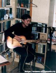 Ермен Анти. Квартирник в Орске 18.12.2004 (фото - П.Ступников)