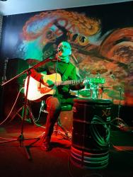Ермен Анти, Уральск, бар «Два колеса», 20.03.2021. Фото — Илья Ильменёв