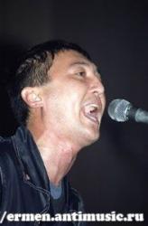 Концерт в «Эльбрусе» 12.10.2002 (фото А.Матюшкин)