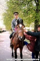 Ермен на лошади :-) (1999)